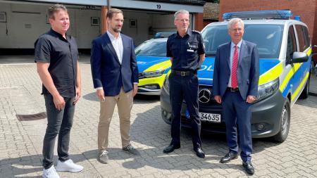 Von links Leitung der Kripo: Frank Schuhmacher, Sebastian Schodrowski, Leiter PD Bad Segeberg Andreas Görs, Torsten Geerdts