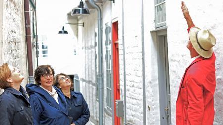 v.l.n.r. Oberbürgermeisterin Simone Lange, Innenministerin Sabine Sütterlin-Waack, Fachbereichsleiterin Takla Zehrfeld und Abteilungsleiter Eiko Wenzel