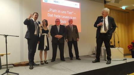 Staatssekretär Liebing, Ko-Moderatorin Merholz, Landtagspräsident Schlie, SH-Heimatbundpräsident Dr. Biel und Moderator Junge, NDR 1 Welle Nord