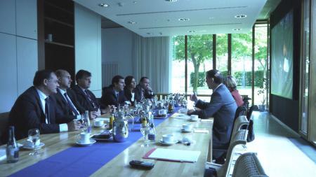 Im Rahmen des Studien- und Dialogprogramms der Konrad-Adenauer-Stiftung besuchte eine argentinische Delegation die Landesvertretung. Der argentinische Botschafter, Edgardo M. Malaroda, begleitete die Delegation.