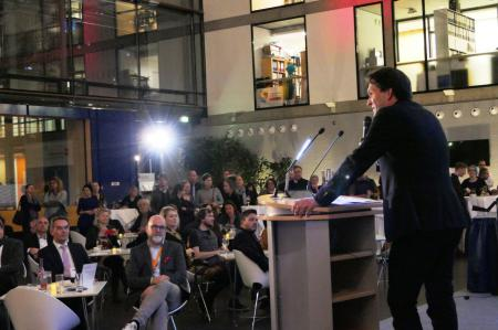 Zur Berlinale öffnete die Landesvertretung mit der Baltic Motion Berlinale Reception dem Fachpublikum der Filmschaffenden aus dem Ostseeraum ihre Pforten. Staatssekretär Dr. Oliver Grundei begrüßte die Filmszene vor Ort.