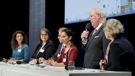 v. l. Miriam Janke, Maria Loheide, Uwe Lübking, Güner Yasemin Balci, Hans-Joachim Grote, Monika Thomas