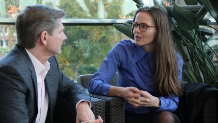 Minister Garg im Gespräch mit der dänischen Ministerin Nørby