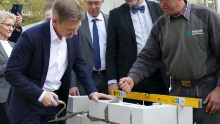 Grundsteinlegung für den Klinik-Neubau in Heiligenhafen