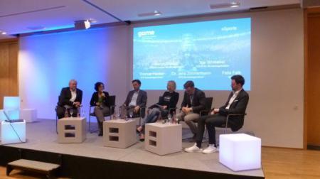 Diskussionsrunde mit Th. Hacker, M. Stumpp, Dr. J. Zimmermann, K. Whittaker und F. Falk