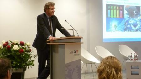 Minister Dr. Bernd Buchholz begrüßt die Gäste